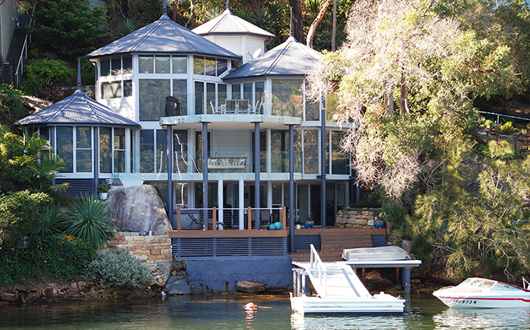 Luxury Holiday Waterfront Home Rental | Holiday Rental | Accommodation at Cottage Point on Sydney's Northern Beaches | NSW